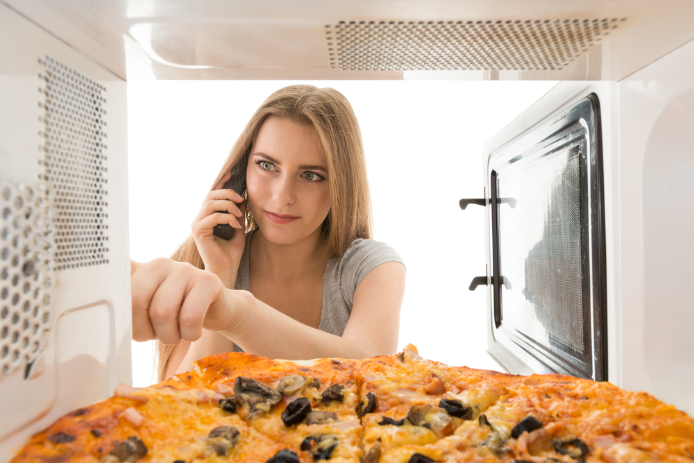 5 Microwave Mistake Weve All Been Blindly Making