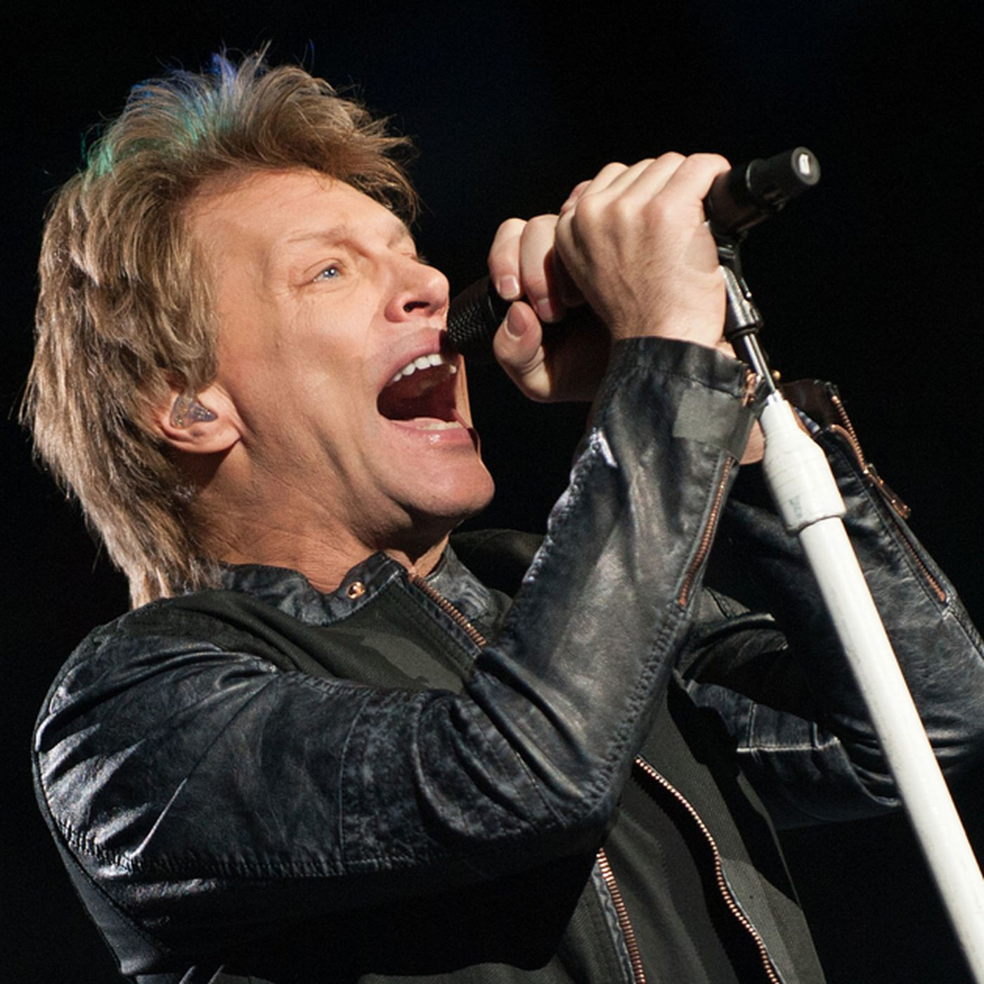 Bon Jovi Loves Them