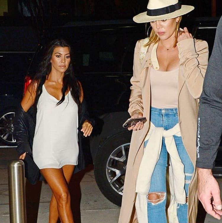 Klhoe Kardashian
